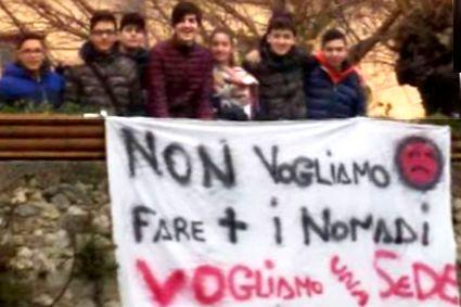 studenti-15x10-nomadi-no-agrario-2