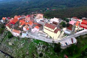castel-sasso-panorama-11-300x200