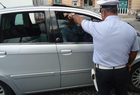 caiazzo-portavetere-vigile-0830-466x315