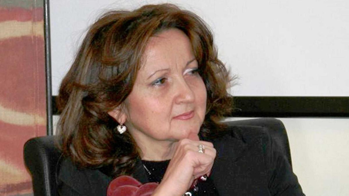 """Nadia Verdile, con """"Le Regine"""", vince il Premio Letterario Mino De Blasio"""