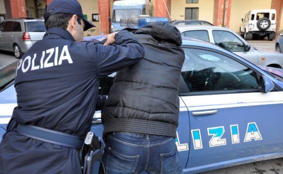 BLITZ DELLA POLIZIA. Arrestato giovane spacciatore a Bellona