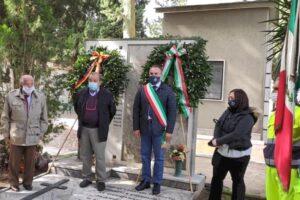 caiazzo-comunali lapide martiri-2-615x410